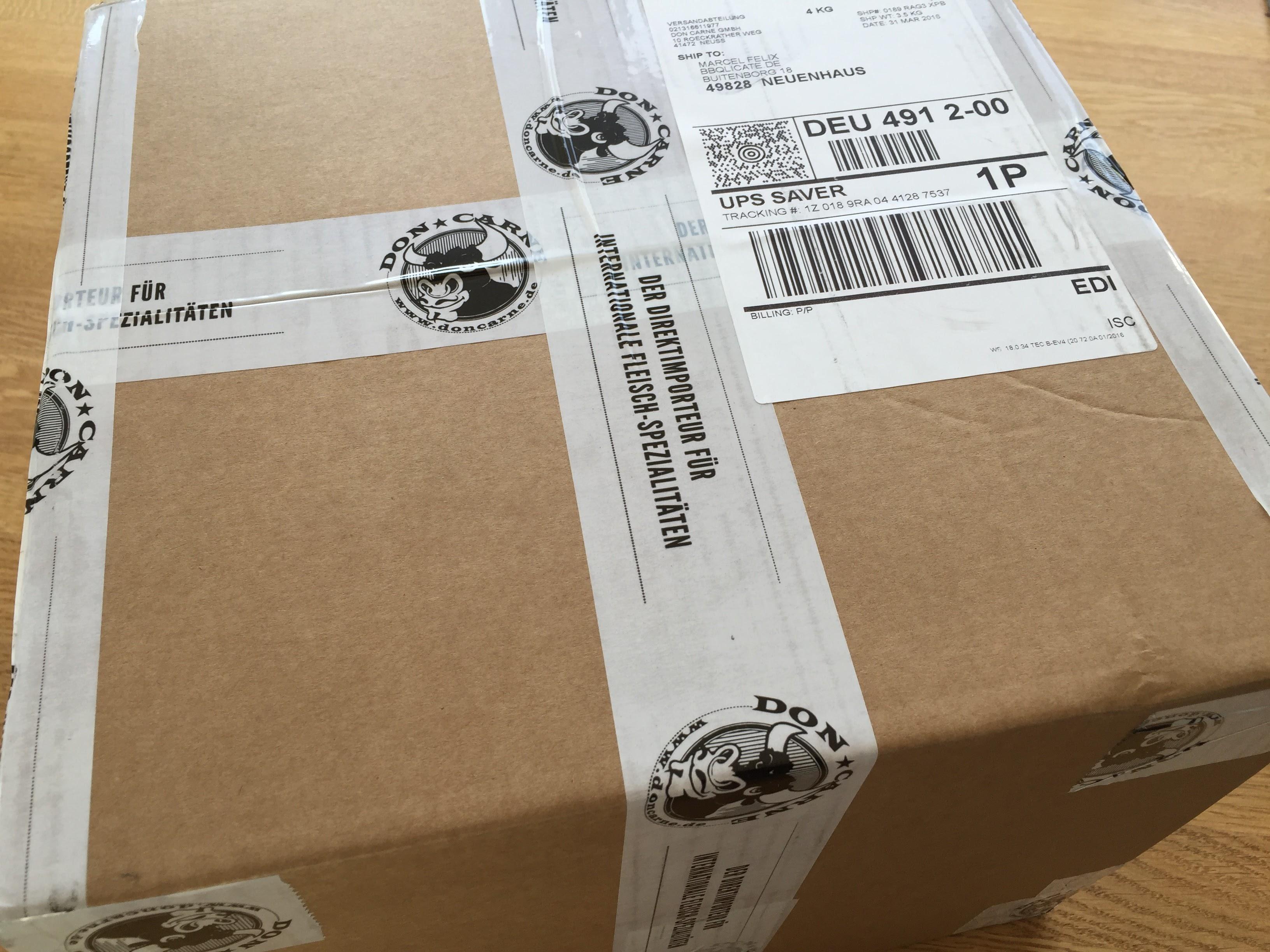 Gut verpackt von UPS geliefert