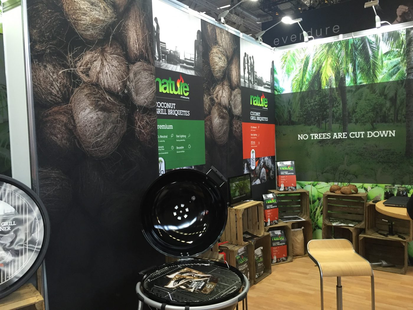 nature – coconut grill briquettes