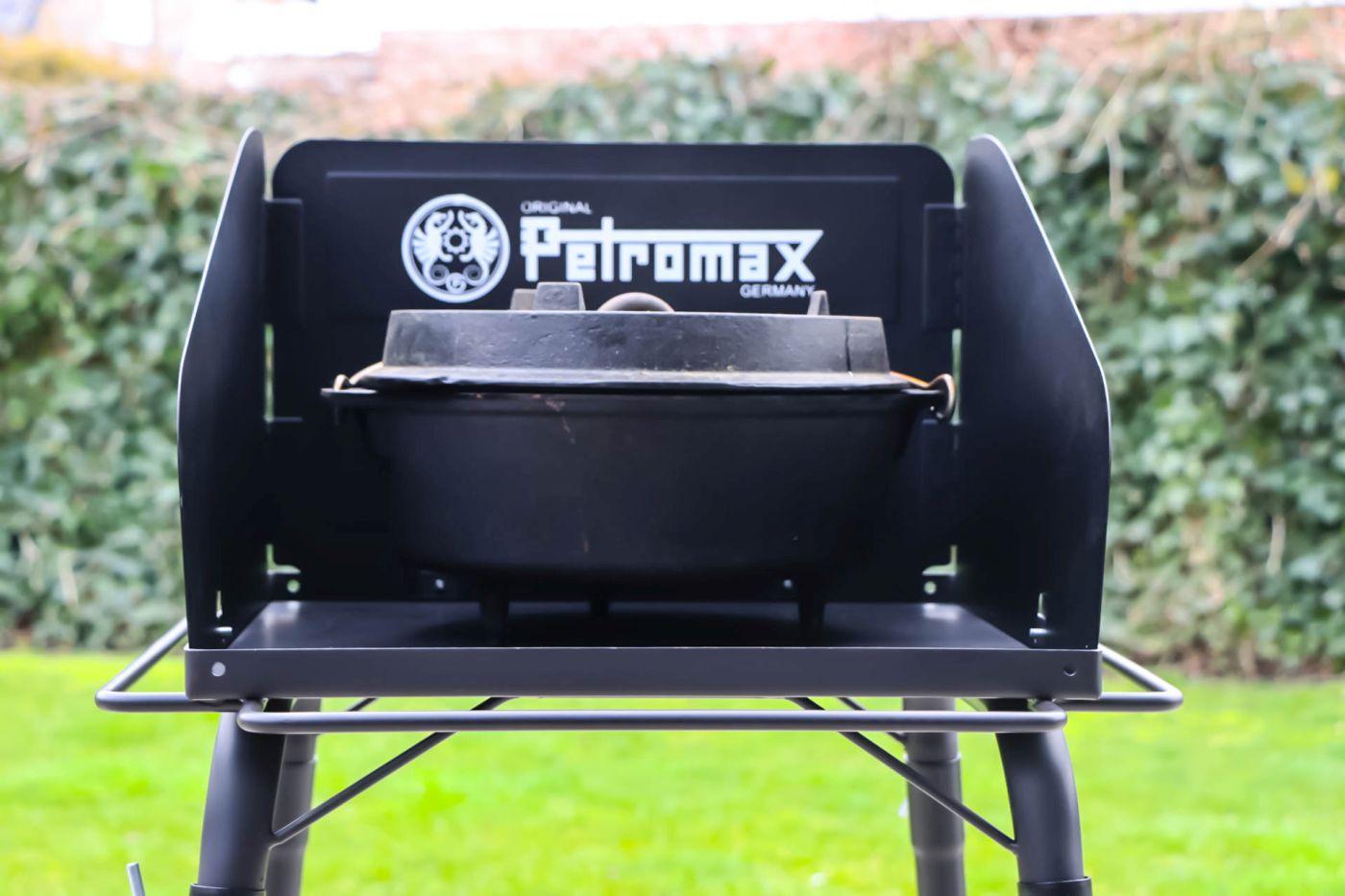 Petromax-Feuertopf-Tisch-FE45-15