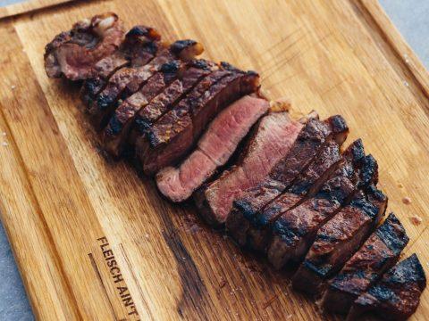 Steak-vom-Oberhitzegrill