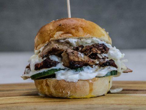 Gyros-Burger-von-der-Moesta-Rotisserie-22