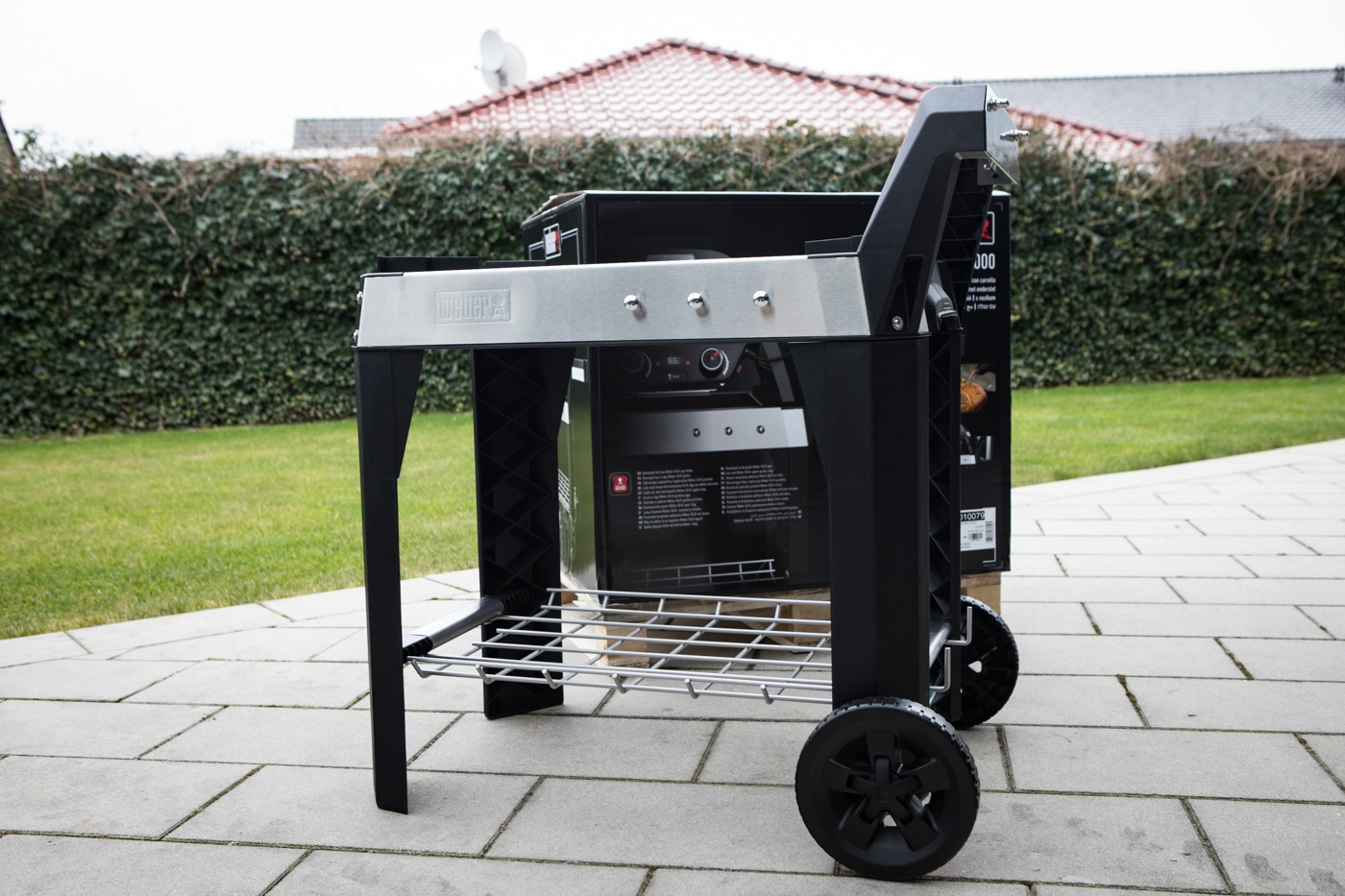 Weber Outdoor Küche Reinigen : Weber gasgrill summit e black amazon garten