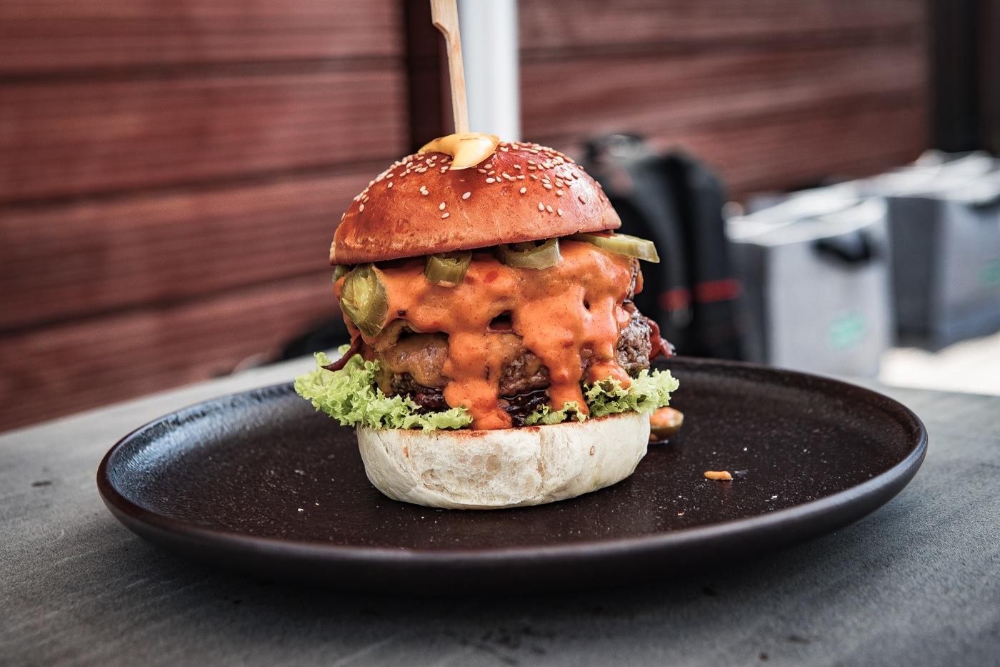 kerrygold-cheddar-burger-challenge-2018-40